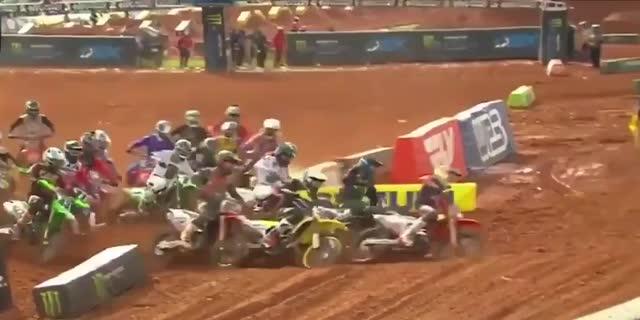 AMAスーパークロス2021第13戦アトランタ1レース結果とAMAモトクロス決勝ハイライト動画
